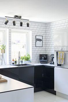 cucine angolari piastrelle diamantate - Cerca con Google | Cucine ...