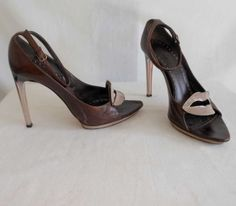 Tom Ford YSL Yves Saint Laurent 2003 S/S Enamel Lip Sandals Lucite Heel