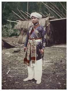 Sa Văn Minh- a Nguyễn dynasty official- turn- communist commander. He is wearing the military attire of the Nguyễn dynasty
