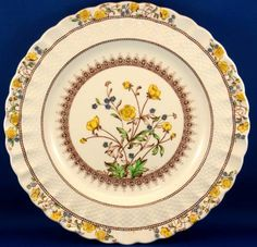 Copeland Spode Buttercup.   Mom's dishes...ate on them every night.