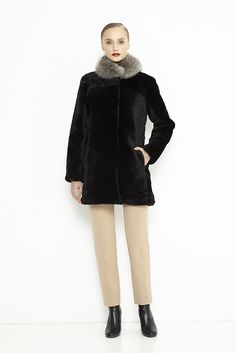 Sheepskin coat with fox collar