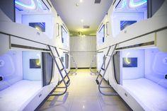 Pengheng Space Capsules Hotel.