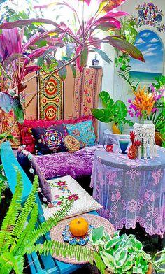 20 Super Ideas For Boho Patio Decor Mexican Style Bohemian Patio, Bohemian Bedroom Decor, Bohemian House, Gothic Bedroom, Bohemian Living Rooms, Patio Bohemio, Decoration Inspiration, Outdoor Rooms, Colorful Decor