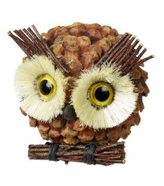 Pine Cone and Twig Owl Christmas Ornaments Owl Crafts, Animal Crafts, Preschool Crafts, Pine Needle Crafts, Pine Cone Crafts, Christmas Owls, Christmas Crafts, Christmas Ornaments, Pinecone Owls