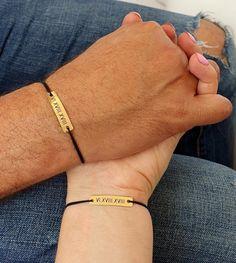 Set of 2 Personalized Couple Bracelets Roman Numerals His and Hers Engraved Custom Matching Gold Bar Bracelets Set, Relationship Lovers Gift Set of 2 Couple Bracelets Engraved Bracelet Roman Numerals image 1 Bracelets Assortis Pour Couple, Bracelet Couple, Matching Couple Bracelets, Bracelets For Boyfriend, Name Bracelet, Bracelet Set, Jewelry Bracelets, Couple Jewelry, Pearl Necklaces