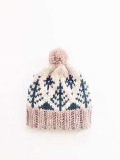 PATTERN for Pompom Winter Ski Fair Isle Patterned Alpine Beanie Cap Hat // Adirondack Toboggan PATTERN Adirondack Toboggan by Two of Wands // Knitting Pattern for Pompom Winter Ski Fair Isle Patterned Alpine Beanie Cap Hat . Yarn Projects, Knitting Projects, Crochet Projects, Knitting Tutorials, Knitting Ideas, Motif Fair Isle, Fair Isle Pattern, Free Knitting, Baby Knitting