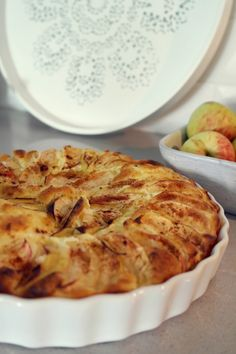 Gluteeniton omenapiirakka