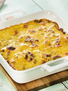 Dieser #Kartoffelauflauf mit #Hackfleisch und #Käsesoße ist ein echtes #Familienessen.