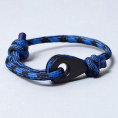 CARTAGENA Paracord Thimble Bracelet Black/Blue in Matte