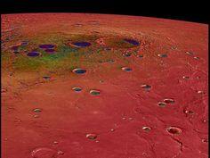 Il pianeta più piccolo e più vicino al Sole è tutt'altro che un'inerte roccia bruciata. Le ultime osservazioni della sonda  Messenger  indicano anzi che su Mercurio succedono un sacco di cose interessanti  -dal blog  Phenomena