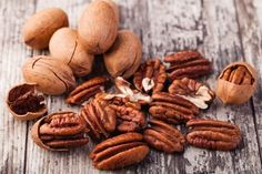 Did you know pecan nutrition can help boost brain, heart and bone health? It's true, and there are more ways to eat them than just pecan pie. Pecan Desserts, Pecan Recipes, Healthy Fats, Healthy Eating, Healthy Recipes, Delicious Recipes, Georgia Pecans, Anti Oxidant Foods, 4 H