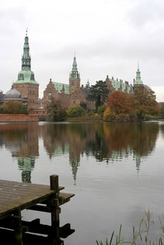 Fall colors at Frederiskborg Palace; Hillerød, Denmark