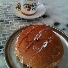 Muska bun and tea @ Lucky Tea Stall