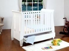 Tutti Bambini Katie Mini Cot Bed And Drawer - White.