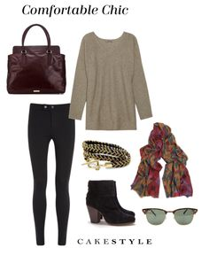 Comfortable Chic Travel Look | black leggings, oversized sweater, ankle boots, printed scarf