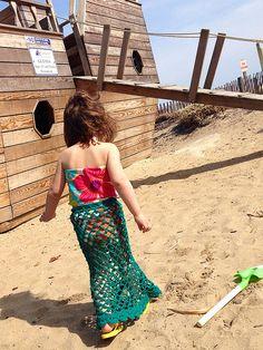 So cute mermaid #crochet skirt pattern free from @Selena K