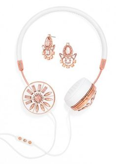 rose gold and white headphones  http://rstyle.me/~2mtvC