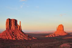 I would love to visit this place! The Monument Valley, Arizona