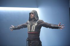 Wir zeigen euch den ersten Ausschnitt aus der actionreichen Videogame-Verfilmung mit Michael Fassbender, Marion Cotillard und Jeremy Irons! Assassins Creed: Erster Clip mit Michael Fassbender ➠ https://www.film.tv/go/35921  #AssassinsCreed #MichaelFassbender #Action