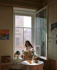 Parisian Apartment, Slow Living, Life Inspiration, Minimalist Home, Home Decor Bedroom, Future House, Decoration, Swipe File, Indoor