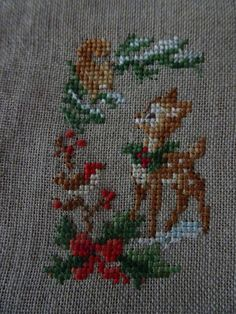 Xmas Cross Stitch, Cross Stitch Cards, Simple Cross Stitch, Cross Stitch Borders, Cross Stitch Designs, Cross Stitching, Cross Stitch Embroidery, Embroidery Patterns, Hand Embroidery