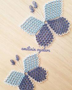Narrated Baby Vest with Butterfly Knitting Model - Tatting Ideen 2019 Filet Crochet, Knit Crochet, Tatting, Flyer, Bargello, Knitted Shawls, Baby Knitting Patterns, Knitting Socks, Crochet Flowers