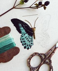 """좋아요 5,988개, 댓글 60개 - Instagram의  ⚪(@handmade.embroidery)님: """"Скатерть с ручной вышивкой гладью от Ирины Полат @vishivka_krestikom #скатерть #вышивка…"""""""