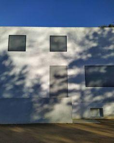 The New One... . #brunofiorettimarquez #architektura #bauhaus #bauhausdessau #mastershouses #architecture #modernism #meisterhäuser #stiftungbauhausfessau #architettura Bauhaus, Desktop Screenshot, Photo Wall, Frame, Home Decor, Picture Frame, Photograph, Decoration Home, Room Decor