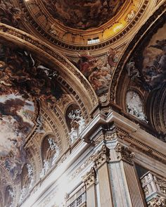 Art can be literally breathtaking. Sometimes it's even hard to believe that men can create something so beautiful and perfect when they're a complete mess themselves (at Rome, Italy) Ig: Baroque Architecture, Classical Architecture, Historical Architecture, Beautiful Architecture, Beautiful Buildings, Architecture Design, Beautiful Places, Church Architecture, Ancient Architecture