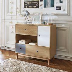 Les motifs sont également sur les meubles ! Pour une décoration scandinave et originale, la commode Floden est disponible sur BUT.fr