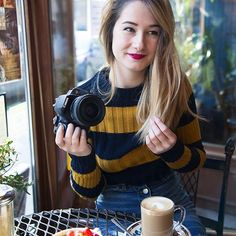 Emmaverdeyt - Recherche Google Emma Verde, Beautiful Person, Amelie, Pretty Girls, Youtubers, Poses, People, Outfits, Clothes