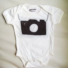 diy camera onesie (template) | gotta jett