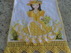 lindo panos de pratos feito em crochê e pinturas créditos nas fotos