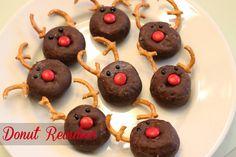 Doughnut Reindeer {Christmas Tradition Series}
