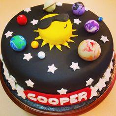 Solar System Cake (page - Pics about space Bolo Do Sistema Solar, Fondant Cakes, Cupcake Cakes, Solar System Cake, Rocket Cake, Planet Cake, Galaxy Cake, 3rd Birthday Cakes, Farm Cake