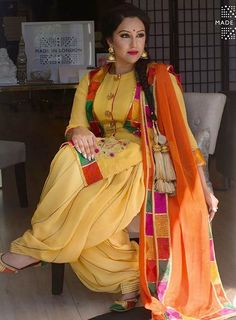 Different Types Of Best Designer Punjabi Salwar Suits For All Time Pretty Looks - Art & Craft Ideas Punjabi Salwar Suits, Designer Punjabi Suits, Punjabi Dress, Punjabi Suits Party Wear, Patiala Salwar, Indian Designer Wear, Pakistani Suits, Designer Kurtis, Indian Suits