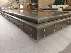 Double Nose Feature Zinc Bar Top Patina Finish with Bronze Studs Industrial Design Furniture, Metal Furniture, Furniture Design, Diy Home Bar, Bars For Home, Kitchen Island Decor, Kitchen Redo, Metal Countertops, Zinc Table