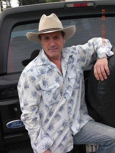 Day at the ranch. Frank Stallone, The Ranch, Cowboy Hats, Actors, Eye, Fashion, Moda, Fashion Styles, Fashion Illustrations