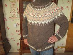 De tweede trui gebreid van Steinbach Schafwolle, een IJslandse trui. mei 2017