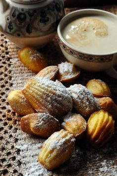 Small madeleines with orange