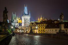Ľuboš Balažovič tarafından Ghost of the Carls bridge fotoğrafı Cathedral, Bridge, Mansions, House Styles, Building, Photography, Travel, Inspiration, Prague
