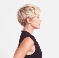 Haarschnitte Pixie 2018 Haartrends Pixie Frisuren haircuts Pixie 2018 Hair Trends Pixie hairstyles … Related posts: 100 new, short hairstyles for 2019 – Bobs and Pixie haircuts, articles by he … 2019 Short haircuts for older women Latest Short Hairstyles, Short Pixie Haircuts, Cute Hairstyles For Short Hair, Short Hair Cuts For Women, Pixie Hairstyles, Curly Hair Styles, Shaggy Pixie, Long Pixie, Hairstyles 2016