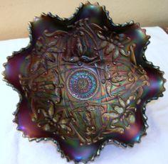 NORTHWOOD CARNIVAL GLASS BOWL PURPLE WISH BONE RUFFLES AND RINGS EXTERIOR.. $229.00 Bonanza.com