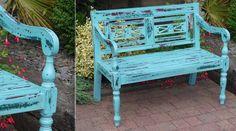 Banc de jardin en bois patine turquoise antique