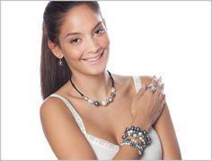 Te presentamos nuestra línea innovadora Avantgarde. Collares, pulseras y anillos ajustables a cualquier medida. ¡Para que toda mujer se sienta bella, mágica e única!