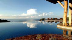 The infinity pool at Hotel Punta Islita, Costa Rica. Photograph by Hotel Punta Islita. www.breathedreamgo.com #EcoCostaRica