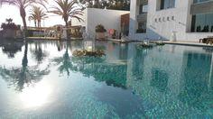 Infinity pool with floating candles. Vincci Estrella del mar.