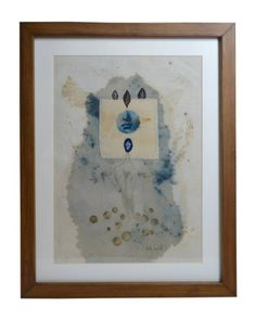 This piece is inspired by the female body and its link with nature, botanical women. The technique is Cyanotype, an ancient photographic process applied to 100% cotton textile, intervened with natural dyes and botanical monotypes. The technique applied to textiles allows me to develop creative pieces, mixing different processes to create the atmosphere.