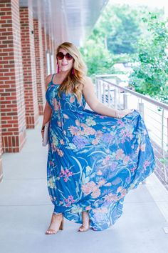 Short Girl's Guide On How To Wear A Maxi Dress by NC fashion blogger Amy of Coffee Beans and Bobby Pins Women Women's Fashion Raleigh Durham NC North Carolina Cameron Village Blog Blogger Photographer