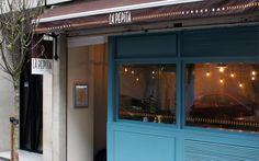 La Pepita Burger Bar #restaurante #Vigo #burger  http://www.espaciodeco.com/articulos/restaurantes/la-pepita-burger-bar-rompedor-con-la-imagen-de-hamburgueseria-tradicional--c4524